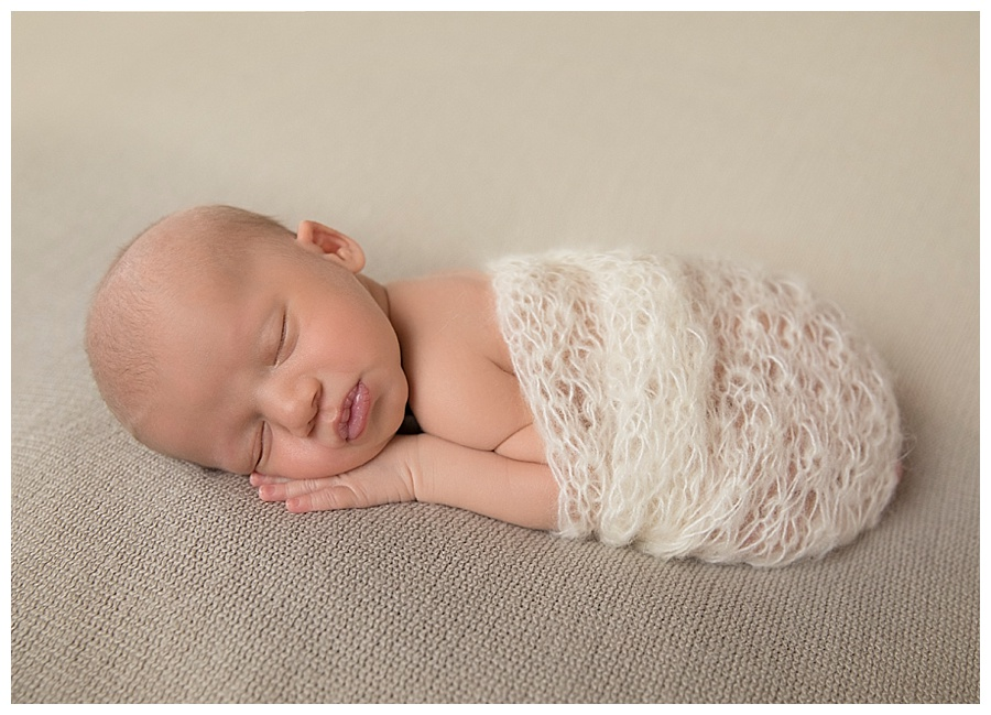 Your blue mountains newborn photographer we look forward to welcoming you to our light filled home studio
